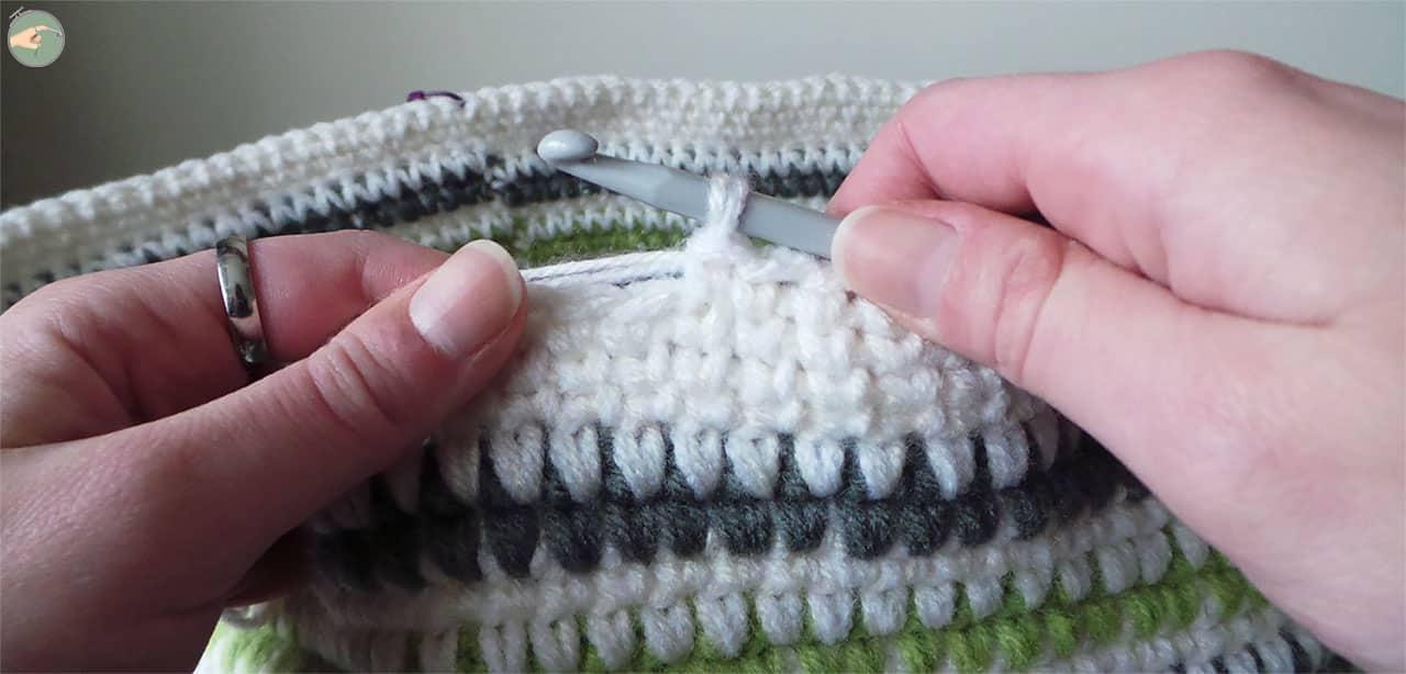 Single Crochet Knit Like & Cross Stitch - Photo 04