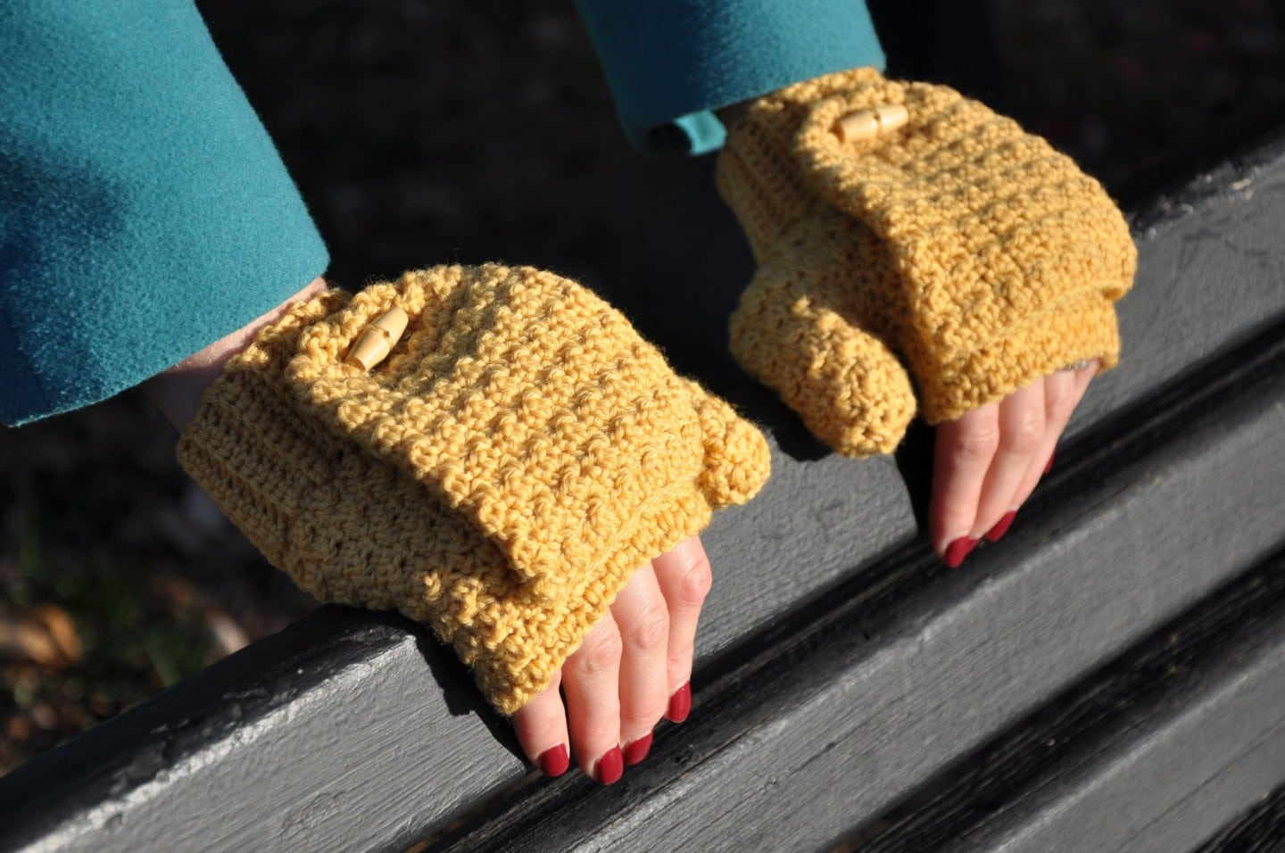 Warm Mustard Mitts - Hanjan Crochet