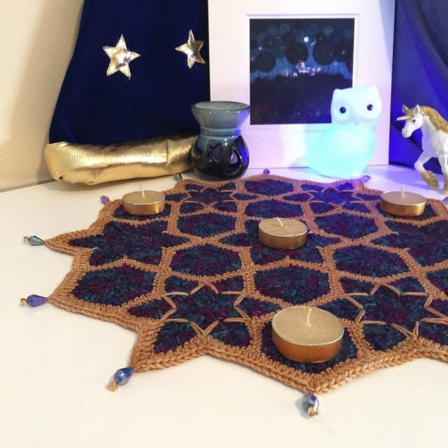 Hexi Starry Spells - Lorraine Pugh